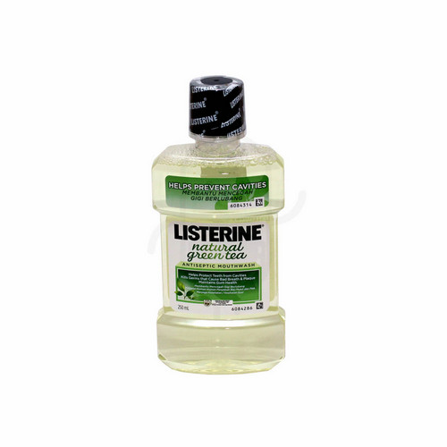 LISTERINE NATURAL GREEN TEA 250 ML BOTOL
